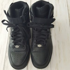 Nike Air force 1 blackout high tops size 7